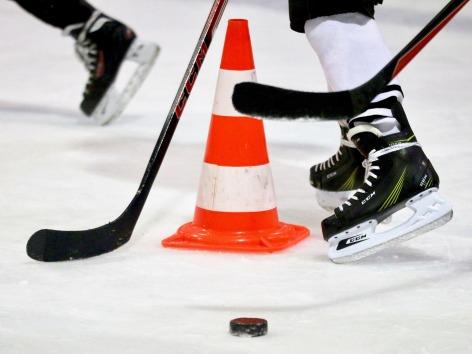 ice-hockey-1900314_1920